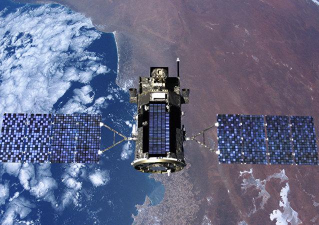 Un satélite en el espacio