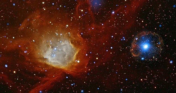 Estrella de neutrones (dcha)