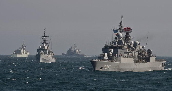 Buques de la OTAN en el mar Negro