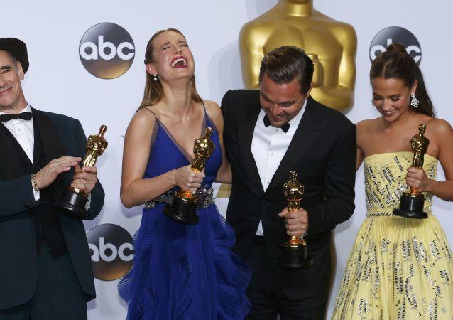 Leonardo DiCaprio y los otros ganadores del Óscar