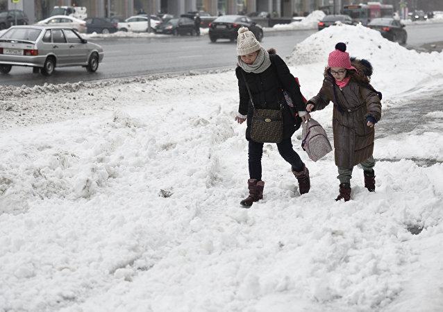 Consecuencias de la mayor nevada en medio siglo en Moscú