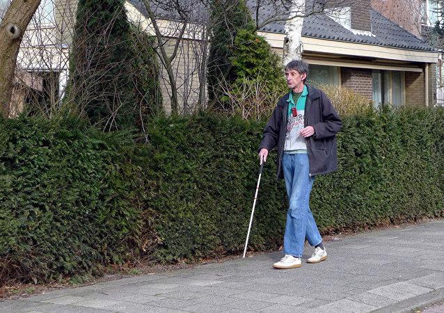 Un hombre ciego