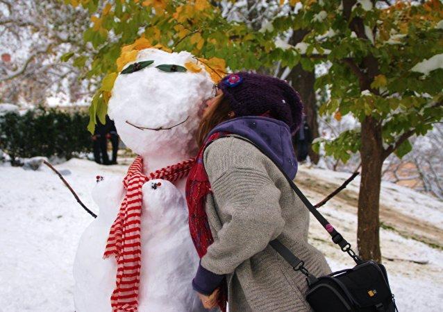 Un muñeco de nieve francés