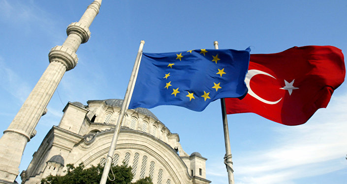 Banderas de la UE y Turquía