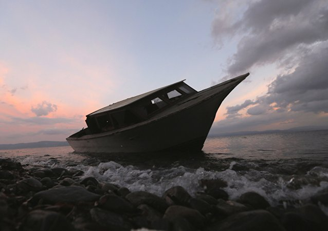 Uno de los botes usados por los refugiados