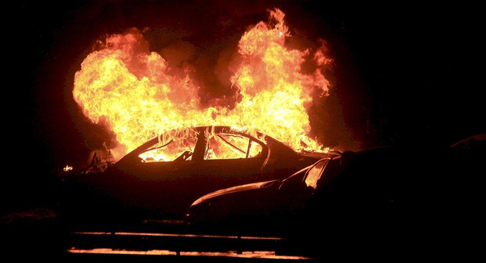Explosión de un coche (imagen referencial)