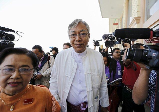 Htin Kyaw, presidente elegido de Birmania