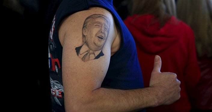Tatuaje con la imagen de Donald Trump