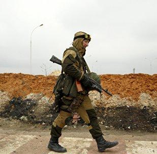 Miliciano en Donbás (archivo)