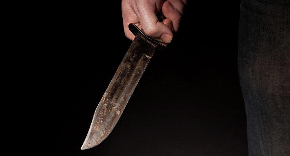 Criminal con cuchillo