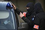 Agentes de seguridad belgas
