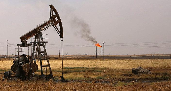 Extracción de petróleo en Siria (imagen referencial)