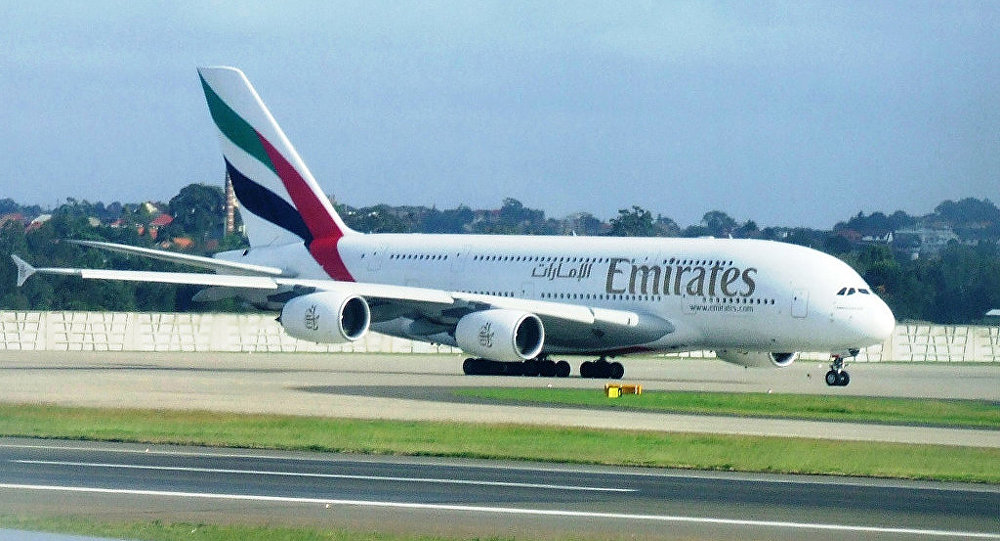 Самолет авиакомпании Emirates Airlines