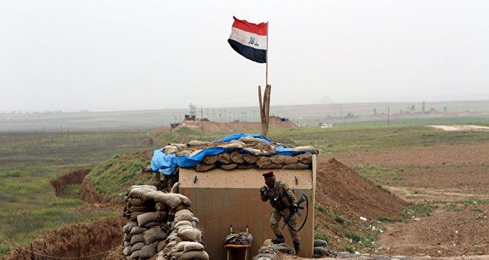 La operación militar de las Fuerzas armadas iraquíes al sur de Mosul, Irak
