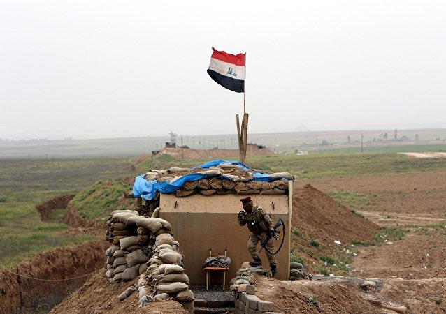 La operación militar de las Fuerzas iraquíes al sur de Mosul, Irak