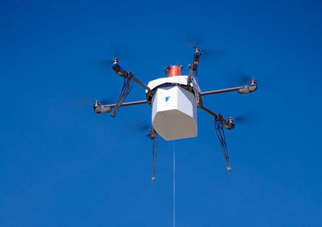 Un dron en EEUU entrega un paquete postal en zona urbana por primera vez
