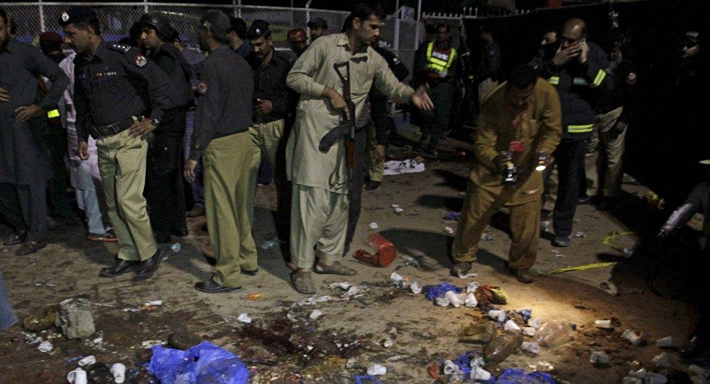 El lugar de un atentado en Pakistán