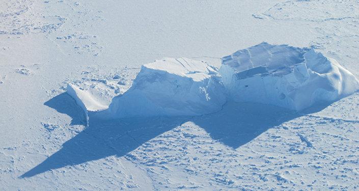 Mar de Bellingshausen, Antártida