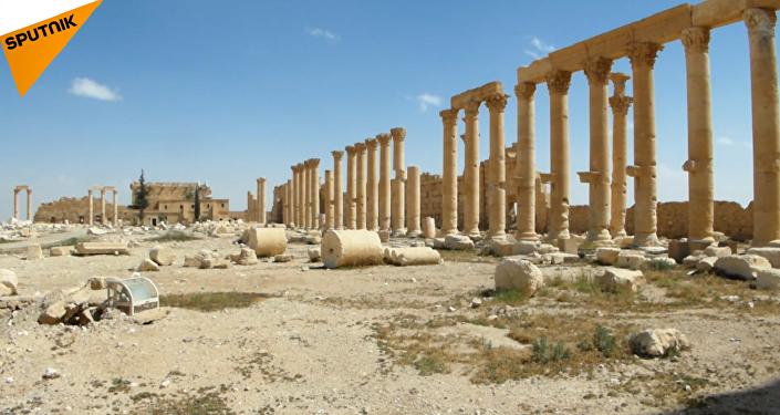 Zapadores sirios limpian Palmira de las minas de Daesh