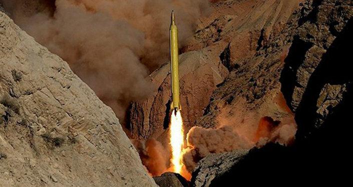 Lanzamiento de misil en Irán