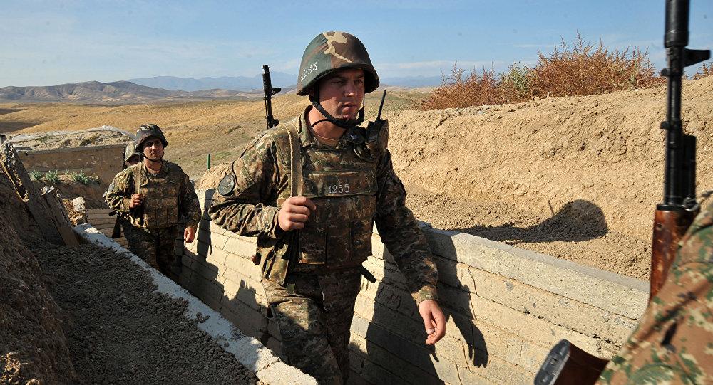 Soldados armenios