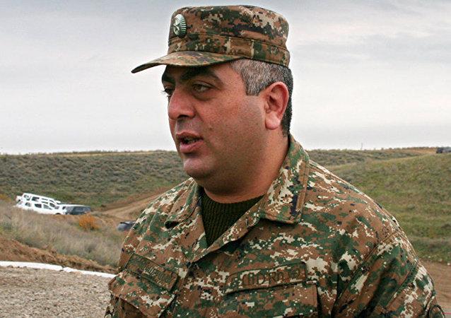 Artsrún Ovannisián, portavoz del Ministerio de Defensa armenio