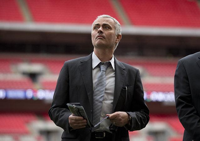 José Mourinho, ex técnico jefe del Chelsea