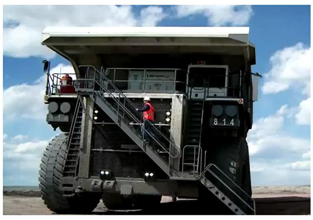 Este camión es grande... ¡Muy grande!
