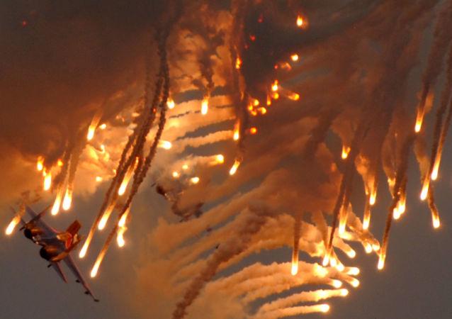 Cazas Su-27 durante el Salón Aeroespacial MAKS (archivo)