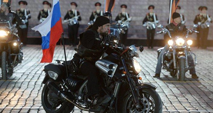Presidente de los Lobos de la Noche Alexandr Zaldostánov en el concierto con motivo del Día de la Victoria.