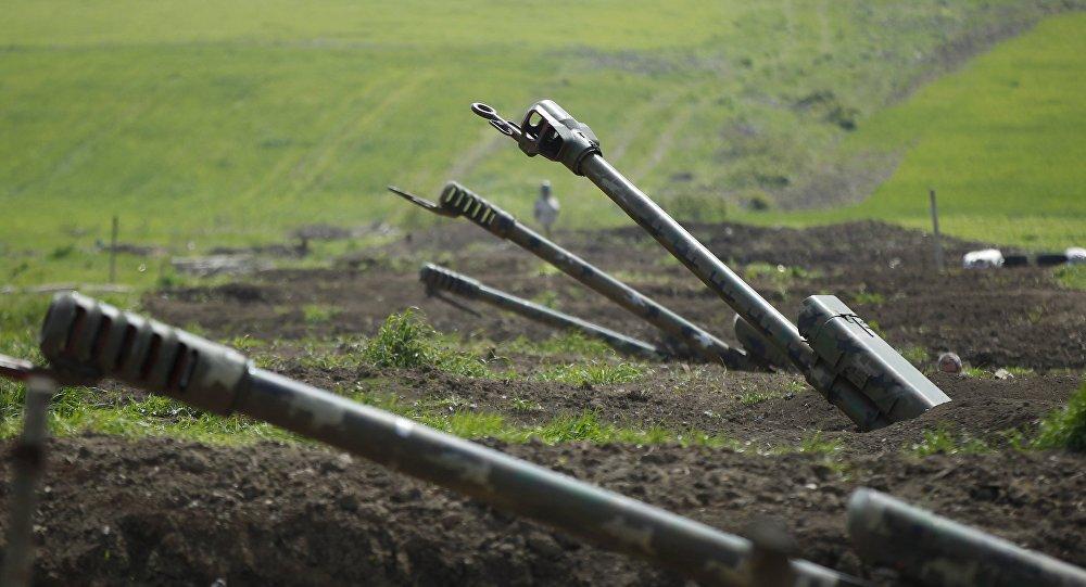 Artillería armenia en Nagorno Karabaj