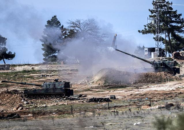 Los cañones autopropulsados turcos (archivo)