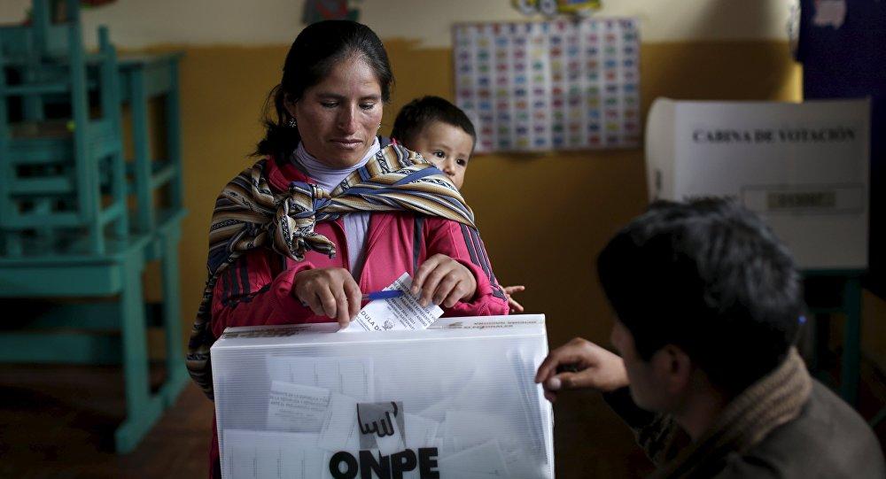 Elecciones en Perú (Archivo)