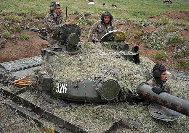 Militares en Nagorno Karabaj (archivo)