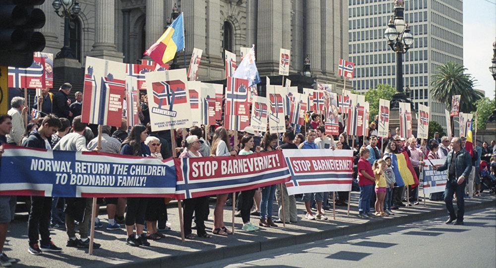 Protesta contra la Barnevernet (archivo)