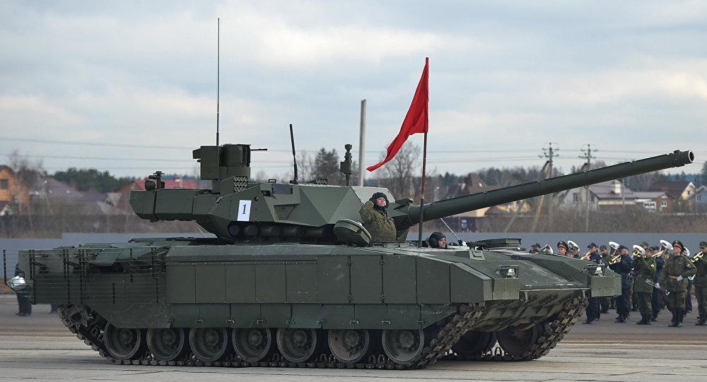 El tanque T-14 Armata durante los ensayos del Desfiles de la Victoria de 2016