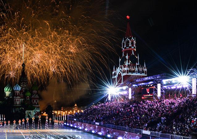 La ceremonia de clausura del festival Torre Spásskaya
