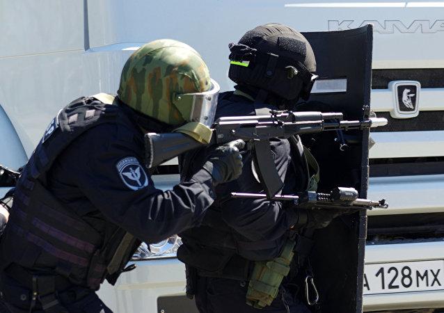 """Exhibición del Cuerpo Policial """"Berkut"""" y de las Tropas Especiales de Acción Rápida en Sebastopol"""