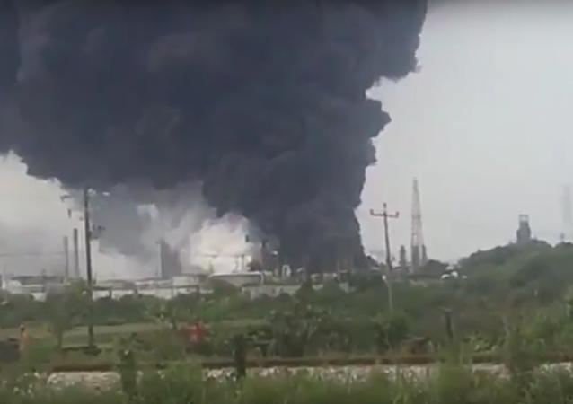 Explosión en una planta petrolera en México que deja 13 muertos