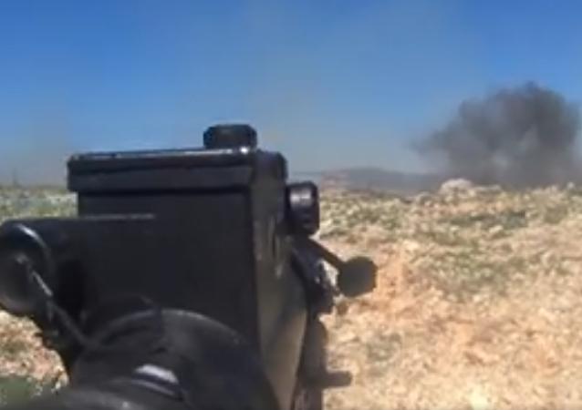 Una GoPro graba los bombardeos a las posiciones de los terroristas en Latakia