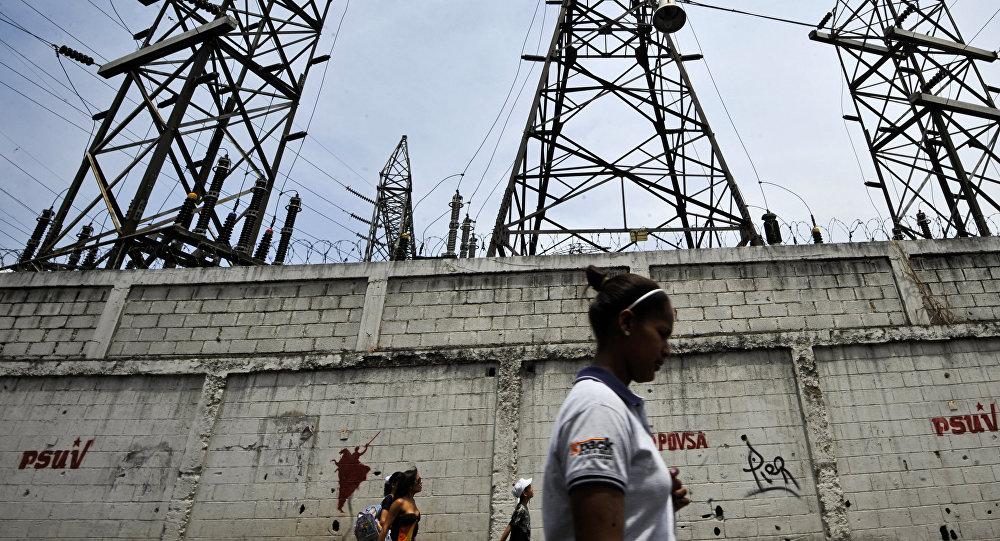 Líneas de transmisión en Caracas