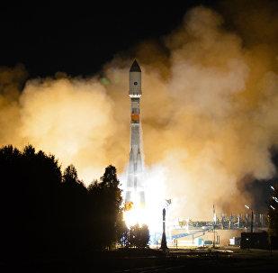 Lanzamiento del cohete portador Soyuz 2.1b (archivo)