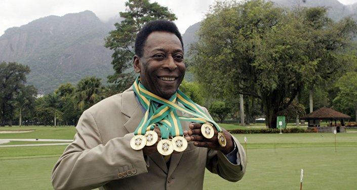 El Rey de futbol Pelé