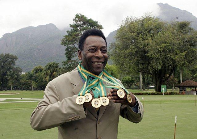 Pelé, exfutbolista brasileño (archivo)