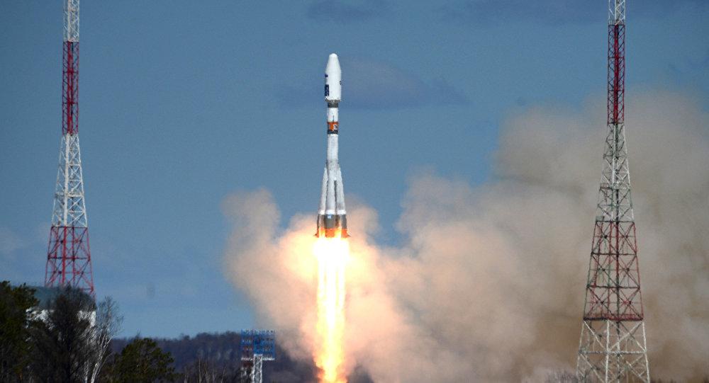 Primer lanzamiento del cohete Soyuz-2.1a