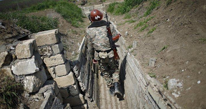 Militar armenio en Nagorno Karabaj (archivo)