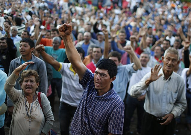 Manifestaciones por parte de los trabajadores rurales en Asunción
