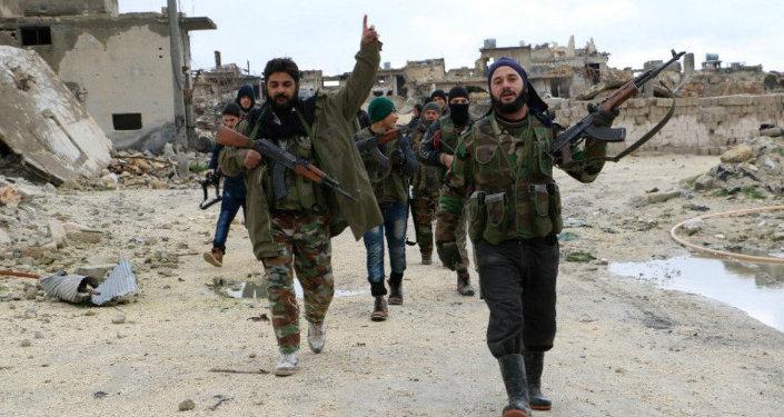 Los combatientes de la oposición armada siria en Alepo (archivo)