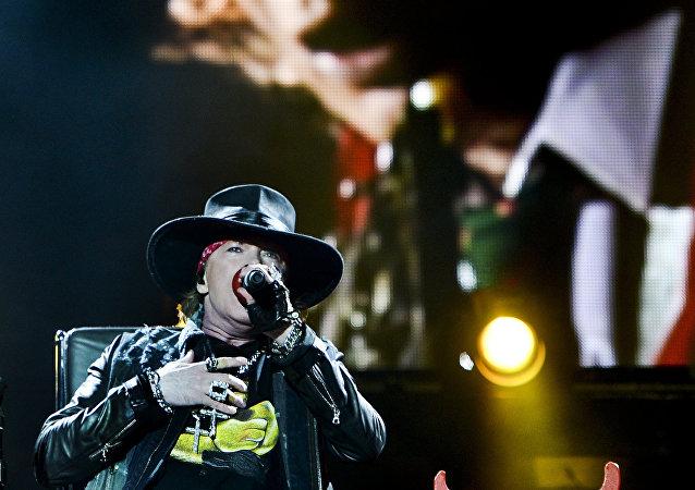 Axl Rose, nuevo vocalista del grupo AC/DC