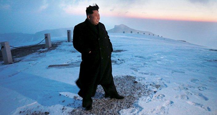 Líder norcoreano, Kim Jung-un, en el monte Paektusan